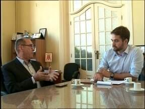 Reunião discute se Pelotas terá condições de receber pacientes de Rio Grande. - A Santa casa de Rio Grande suspendeu o atendimento de algumas especialidades.