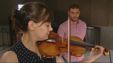 Violinista americana está no Recife para intercâmbio com a Orquestra Cidadã Meninos do Coq - Resultado dessa troca de experiências poderá ser visto num concerto, que acontece no fim de semana.