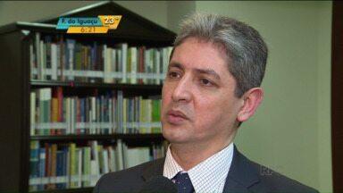 Embaixador de Israel no Brasil fala sobre imigração e como acolher imigrantes - Diplomata está em Curitiba a convite da OAB-PR.