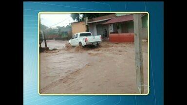 Em Santarém, chuva gera transtornos em ruas com problemas de infraestrutura - Algumas ruas ficaram praticamente intrafegáveis depois da forte chuva que caiu na cidade.
