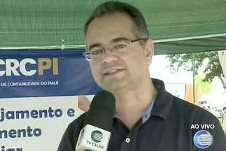 Conselhos Tutelares de Teresina participam pela primeira vez do Piauí TV nos Bairros - Senac-PI oferece esculturas de balões para as crianças. Conselho Regional de Contabilidade passa informações e tira dúvidas da população sobre o Imposto de Renda.