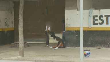 Implosão da antiga Rodoviária de Campinas completa 5 anos e ainda nada foi feito no local - Problemas jurídicos e burocracia continuam atrapalhando o processo para que um prédio seja construído. Desde 2009, a população de Campinas enfrenta problemas no local.