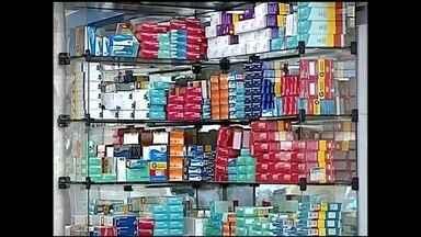 Reajuste do preço de medicamento começa a valer no noroeste paulista - Um assunto que vai mexer bastante com o orçamento de quem precisa tomar remédio todo dia e o reajuste dos preços. Começou a valer nesta terça-feira (31) a nova tabela de preços de medicamentos. O reajuste foi autorizado pelo Ministério da Saúde.