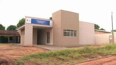 Moradores do distrito de Vila Nova União esperam há meses a inauguração do posto de saúde - O novo posto de saúde do distrito de Umuarama custou R$ 220 mil e já está pronto, mas ainda não começou a funcionar.