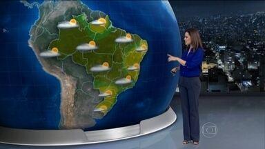 Tempo fica aberto em grande parte do país nesta quarta-feira (1) - O ar seco ganha força e o tempo fica aberto em boa parte do Brasil.