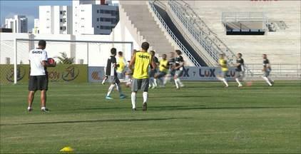 Treze enfrenta o Santa Cruz de Santa Rita pelo Campeonato Paraibano - Veja os destaques do Treze.
