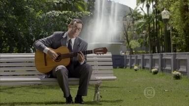 'A Praça é Bossa', para quem curte bossa nova - Um banquinho e um violão para ouvir um bom som