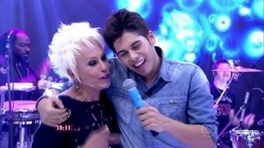 Zé Felipe canta 'Cópia Autenticada'; assista! - Filho do cantor Leonardo anima o Mais Você