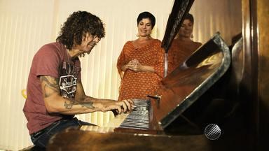 Luiz Caldas promete agitar o axé music com novidades em breve - Kátia Guzzo entrevistou o artista e falou sobre carreira, família e muito mais. Confira.