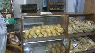 Preço do pão sofre reajuste de 10% - Uma das alternativas para consumidor pode ser a compra do pão congelado.