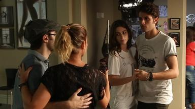 Chay Suede e Luisa Arraes arrasam nos passos de Lindy Hop - Confira os bastidores das cenas de Rafael e Laís
