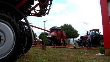 Farm Show em MT apresenta as novidades em equipamentos para agricultura - Evento realizado em Primavera do Leste mostrou as tendências em pesquisa e equipamentos para a agricultura.