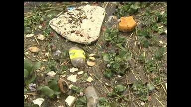 População reclama de problemas no Porto dos Milagre no Bairro Uruará - São diversos problemas como lixo na rua e no rio, além de problemas na infraestrutura.