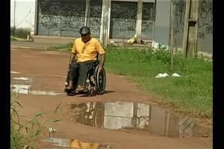 Comunidade reclama da falta de saneamento nas ruas do distrito de Outeiro - Moradores denunciam abandono por parte do poder público.