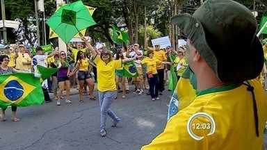 Protestos em São José e Jacareí - Grupos protestaram no centro.