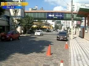 Blumenau realiza série de ações educativas para melhorar o trânsito no município - Blumenau realiza série de ações educativas para melhorar o trânsito no município
