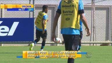 Esporte: Mamute deve ser titular contra o Campinense - Atacante disputa vaga com Braian Rodríguez no ataque gremista.