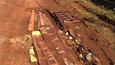 Moradores ainda reclamam de falta de asfalto no Residencial Paulo Pacheco, em Goiânia - Prefeitura prometeu solução, mas isso ainda não aconteceu.