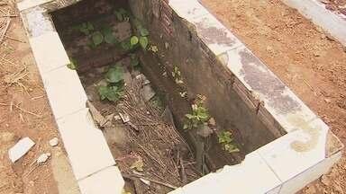Cemitério da capital está abandonado - Semusb diz que responsabilidade de limpar túmulos é das famílias que tem corpos enterrados no local.