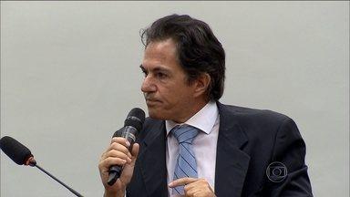 Delator da Lava Jato diz que corrupção era generalizada em diretorias da Petrobras - Augusto Mendonça, ex-presidente da Setal, reafirmou que pagou mais de R$ 100 milhões em propina para as duas diretorias. E que se reuniu pelo menos dez vezes com o então tesoureiro do PT João Vaccari Neto, para acertar doações ao partido.