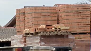 Setor da construção civil pede alteração no ICMS - Nos últimos 12 meses, construir e reformar ficou 5,62% mais caro em MS