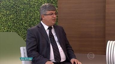 Saiba quais são os principais erros dos concurseiros - Veja a entrevista com o professor Carlos Cruz.