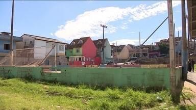 Comunidade Chico Mendes espera há 5 anos por entrega da quadra de esportes - Comunidade Chico Mendes espera há 5 anos por entrega da quadra de esportes