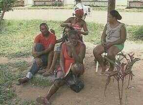 Ministério suspende envio dos haitianos do Acre para São Paulo - Para as autoridades acreanas, o maior problema é que ainda não foi possível passar a responsabilidade do abrigo para o governo federal.