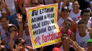 Caminhada Medida Certa reúne 30 mil pessoas em Manaus - O evento foi neste domingo (31), no Complexo Turístico do Ponta Negra. O evento foi uma parceria com o Sesi, que calculou o índice de massa corporal dos participantes. Ao todo, 39% das mulheres estavam acima do peso.