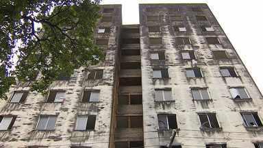 Famílias que ocupavam 'Casarão do Parque' foram retiradas do prédio - Famílias que ocupavam 'Casarão do Parque' foram retiradas do prédio.
