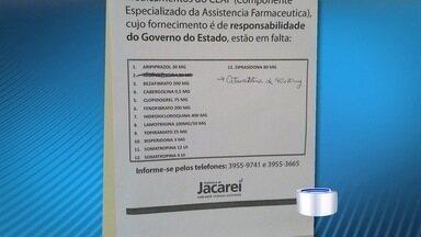Treze remédios de alto custo estão em falta em Jacareí, SP - Pacientes estão comprando o que dá mas para ter remédio o mês inteiro, alguns teriam que gastar até R$ 3 mil.