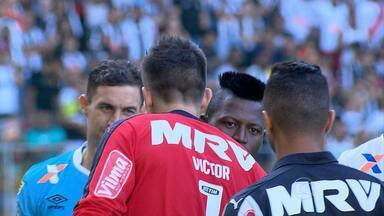 Com atuação de gala de Thiago Ribeiro, Atlético-MG vence o Vasco por 3 a 0, no Brasileiro - Jogador marcou dois, dos três gols da partida