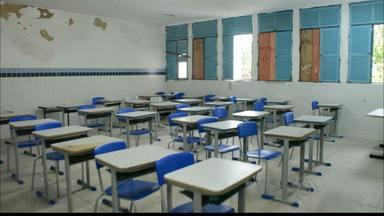 Estudantes e professores assaltados dentro de escola em João Pessoa - O assalto foi no Jardim Planalto.