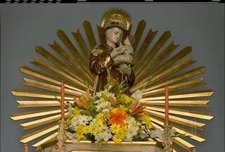 Dia de Santo Antônio, o santo casamenteiro, é celebrado nas cidades do interior do Rio - Solteiros aproveitam para fazer promessas e simpatias.