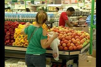 Cesta básica do paraense subiu 10% nos primeiros cinco meses de 2015 - Consumidores reclamam dos aumentos constantes.