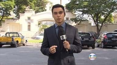 Cemitério do Bonfim, em Belo Horizonte, está preparado para o funeral de Fernando Brant - Músico mineiro morreu na noite desta sexta-feira, vítima de complicações após transplante de fígado. O corpo será enterrado no jazigo da família.