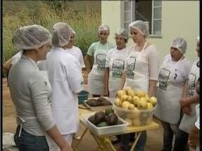 Curso do Senar ensina como higienizar as frutas em Caratinga - Capacitação foi realizada na última semana.