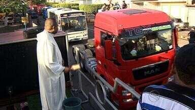 Festa dos caminhoneiros acontece em Itabaiana - Festa dos caminhoneiros acontece em Itabaiana.