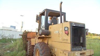 Prefeitura reintegra área invadida no Portal Caiobá - Guardas municipais retiraram cerca de 80 famílias que estava no lugar irregularmente