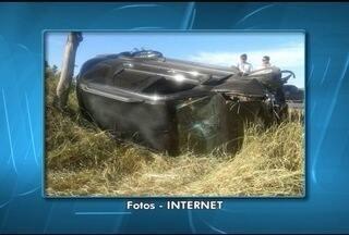 Batida entre dois carros deixa uma pessoa morta na MG-401 próximo a Jaíba - Os feridos foram encaminhados para hospital da região.