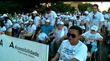 Grupo de portadores de necessidades especiais realiza Caminhada da Acessibilidade - Grupo de portadores de necessidades especiais realiza Caminhada da Acessibilidade