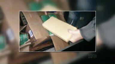 PF apreende caminhão com mais de uma tonelada de maconha - Duas pessoas foram presas