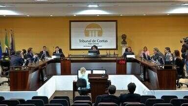 TCE avalia as contas de 2014 do ex-governador Silval Barbosa - TCE avalia as contas de 2014 do ex-governador Silval Barbosa e elas são aprovadas.