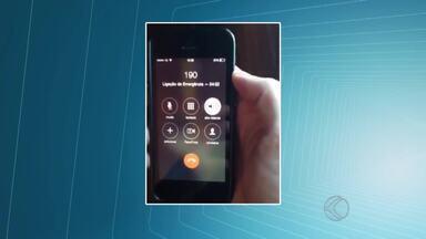 Usuários reclamam de atendimento telefônico da PM em Juiz de Fora - Moradores já precisaram falar com a Polícia e não conseguiram ou tiveram que esperar muito. Número de emergência da Polícia Militar é 190.