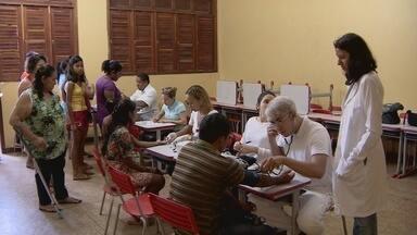 Ijoma realiza ação social em escola no Marabaixo - O Instituto do Câncer Joel Magalhães realizou uma ação social na Escola Estadual Nilton Balieiro, no Marabaixo.