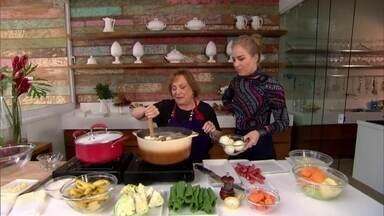 Nicette Bruno prepara cozido. Aprenda! - Atriz mostrou que adora cozinhar
