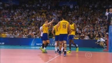 Brasil vence a Itália por 3 a 0 pela Liga Mundial de Vôlei - Com a vitória, brasileiros lideram o Grupo A.