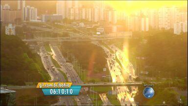 Veja imagens do trânsito nas Avenidas ACM e Paralela - Confira no Radar do JM.