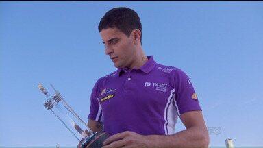 Líder da Stock, Júlio Campos prevê briga acirrada nas próximas etapas - Curitibano quer manter a regularidade para segurar a liderança da competição e continuar como um candidato ao título