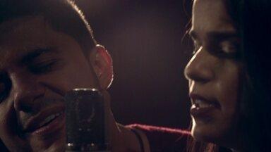 Babado Novo e Cristiano Araújo cantam em clipe inédito a música 'Confesso' - Fantástico mostra com exclusividade o grupo Babado Novo e Cristiano Araújo no clipe inédito da música 'Confesso'.
